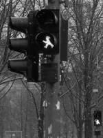 Stadtansichten/9829/bei-touristen-und-somit-auch-bei Bei Touristen (und somit auch bei mir) sehr beliebt: Ampelmännchen. Berlin im Nov. 2008